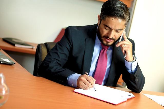 טיפים לבחירת עורך דין דיני עבודה