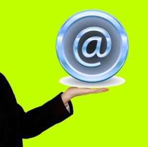 פתיחת חברה באינטרנט