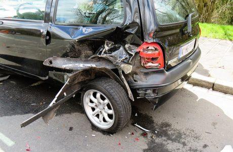 """ממזערים נזקים: כך תנהגו חכם לאחר תאונת דרכים בחו""""ל"""