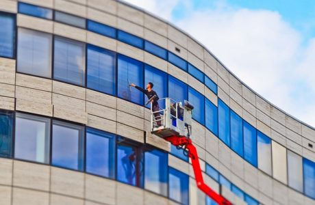 ניקוי חלונות לעסקים – אל תוותרו על השירות הזה!