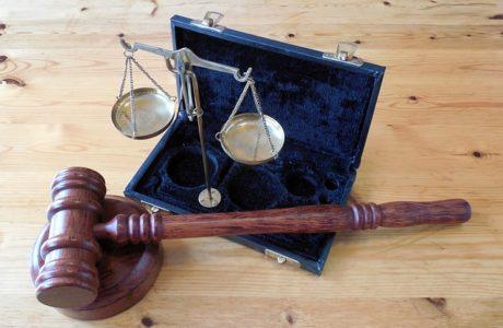 איפה מוצאים עורך דין בני ברק עם המלצות?