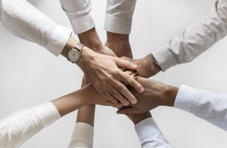 ביחד משיגים יותר: הכוח של ביטוחי בריאות הקבוצתיים